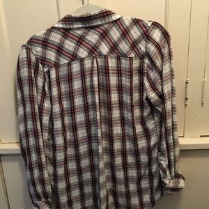 Plaid blouse perfect weight and fabric